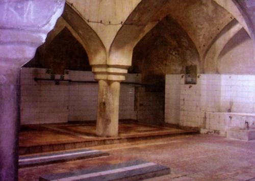 کنگاور شهر تمدن و تدین - حمام بزرگ ( حسن خان )