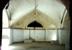کنگاور شهر تمدن و تدین - حمام میدان