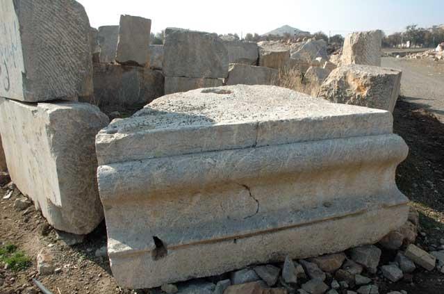 کنگاور شهر تمدن و تدین - پیشینه کاوش های باستانشناسی در معبد آناهیتا - Kangavar Anahita temple